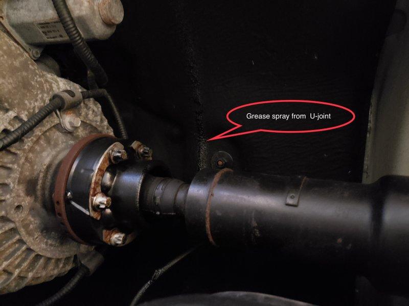 Rear Propeller Shaft Center Bearing failure-adef23de-cf67-40c8-9d1f-fe2e8099267e.jpg