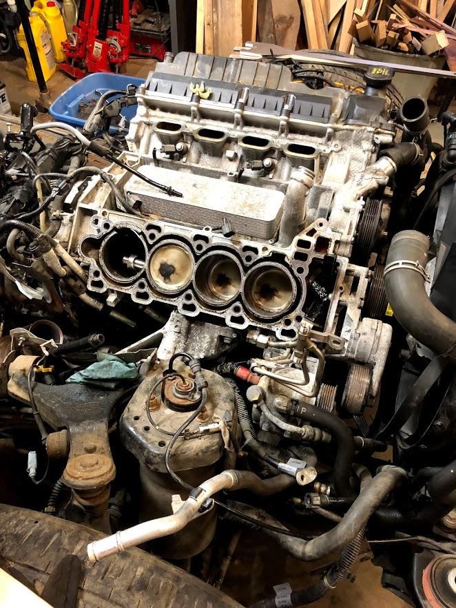 The saga of the copart range rover sport-destroyed_engine_in_situ.jpg