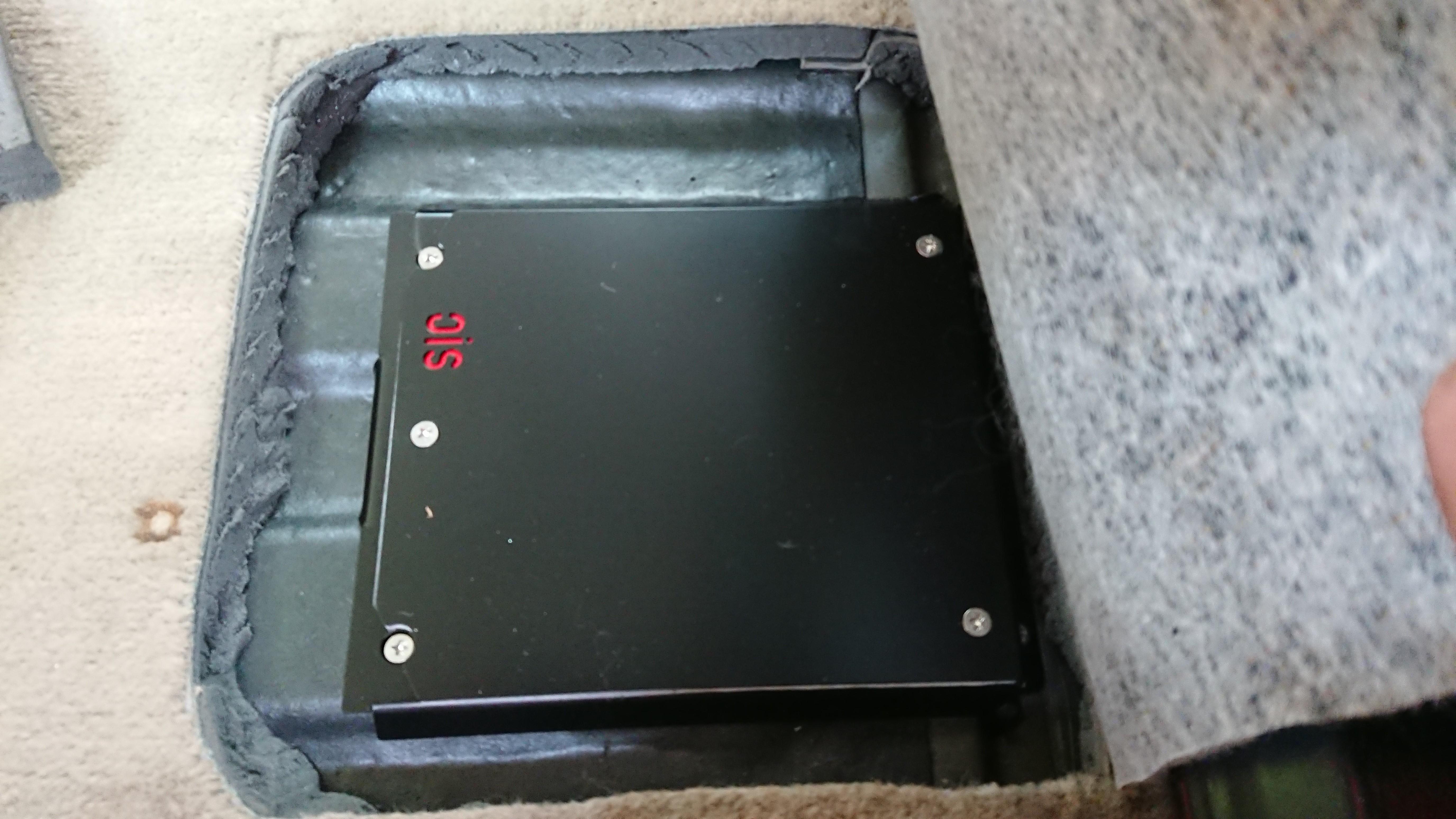 2001 P38 Fuel Pump / Location / Specs-dsc_0043.jpg