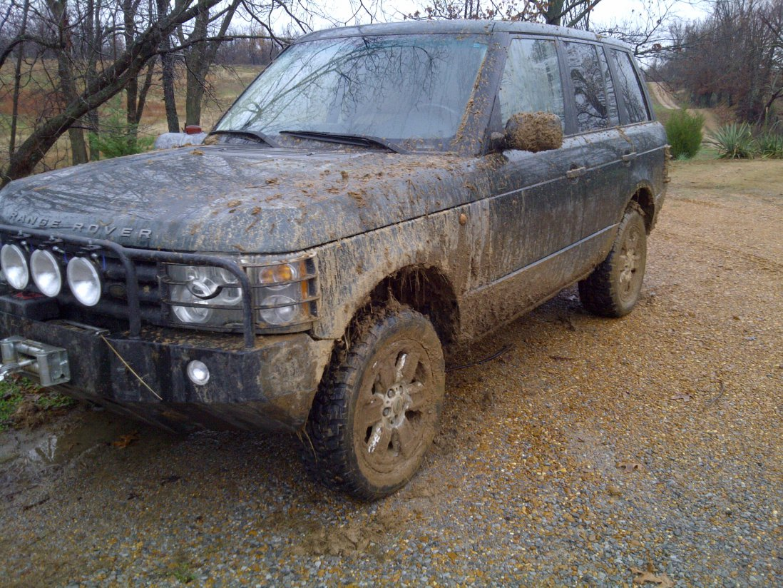 ok lets see some pics of these full size rovers-img-20111127-00086.jpg
