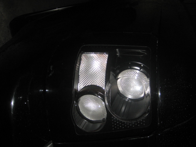 HELP!!Range rover sport custom made tail lights(black/clear)-img_0273.jpg