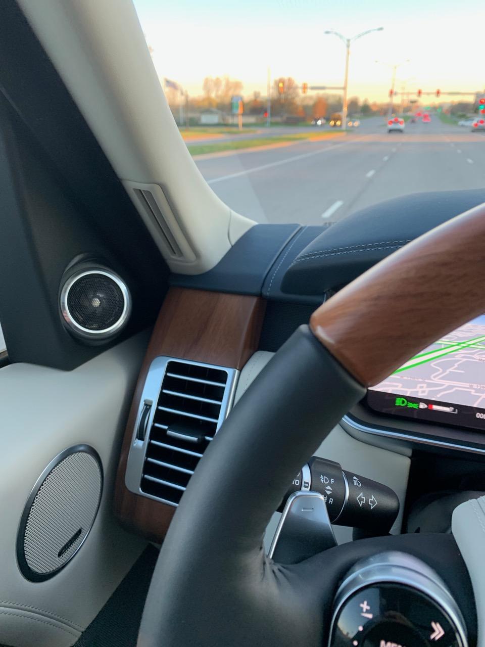 Steering Wheel Leather Color Mistake?-img_0677.jpg