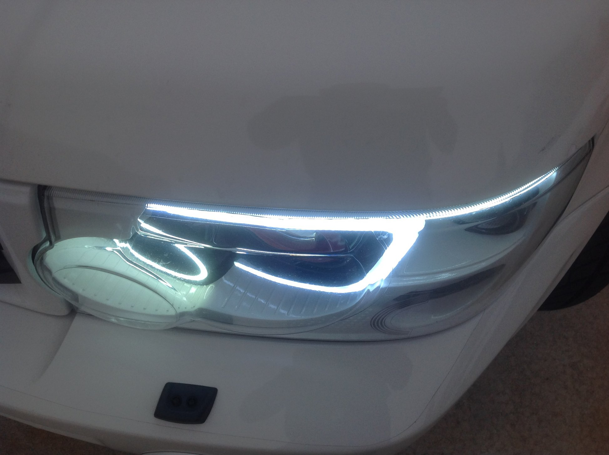 How to install halos or paint headlight bezels pics-img_0711.jpg