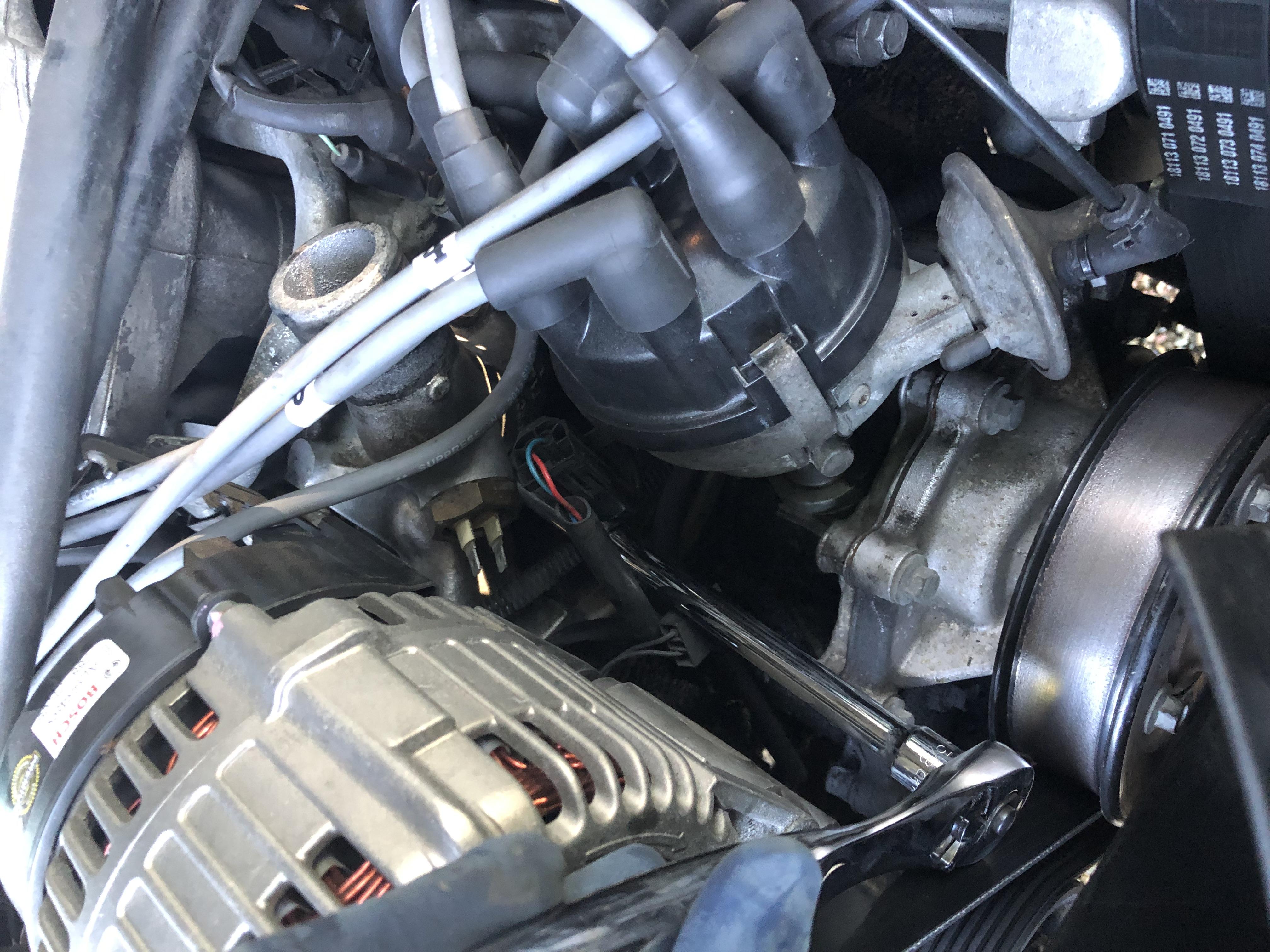 Coolant Below thermostat-img_2690.jpg
