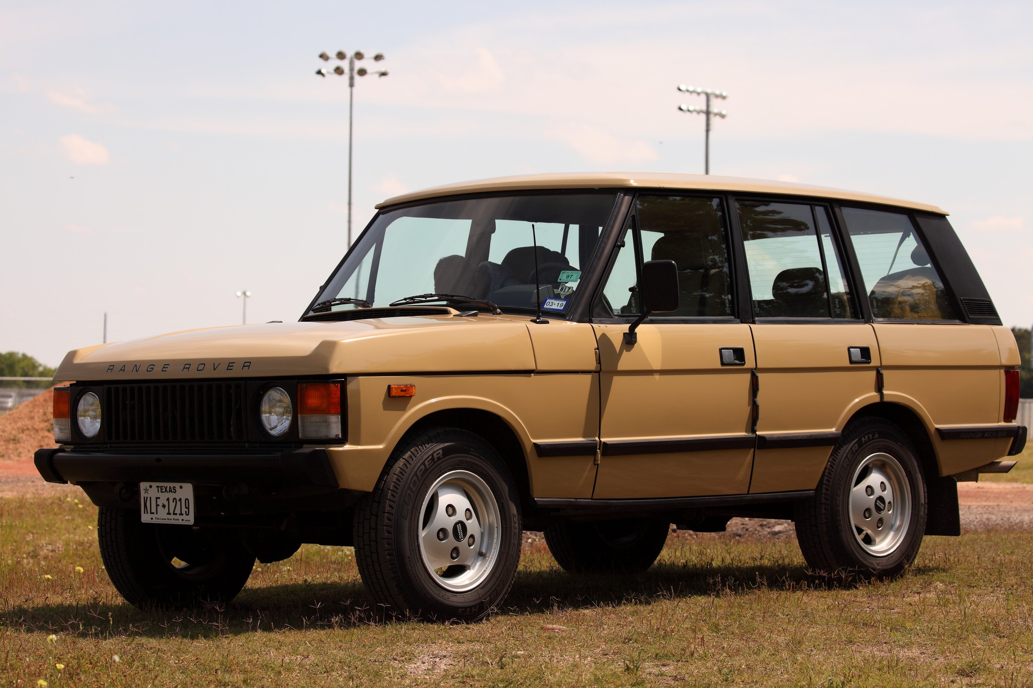 New member, first time Rover owner - 1987 RRC-img_2812_canon-eos-5d-mark-ii_0_100mm_7.1_400s_2048x1536.jpg