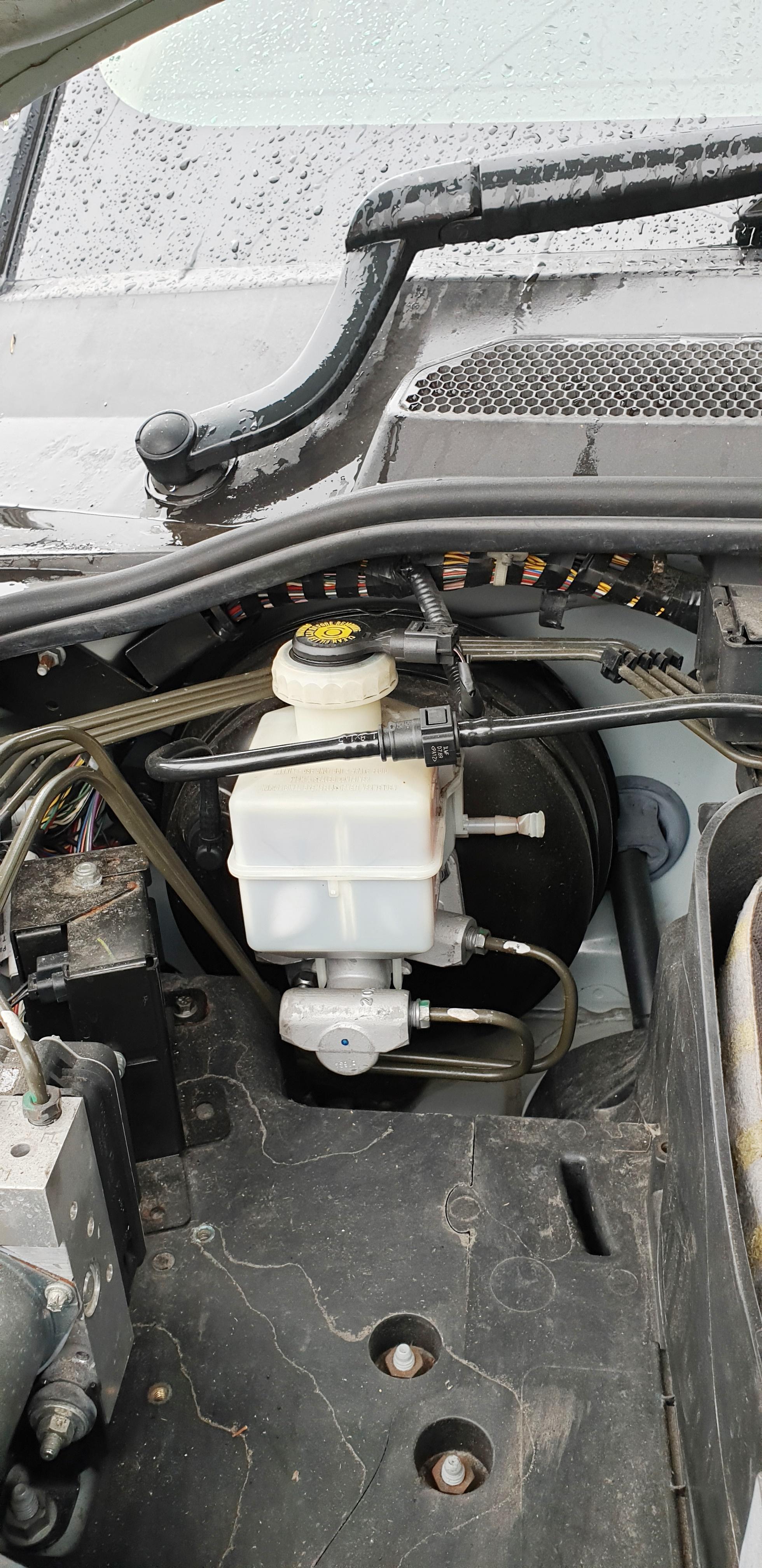 Safety Recall P017 Brake Vacuum-pipes.jpg