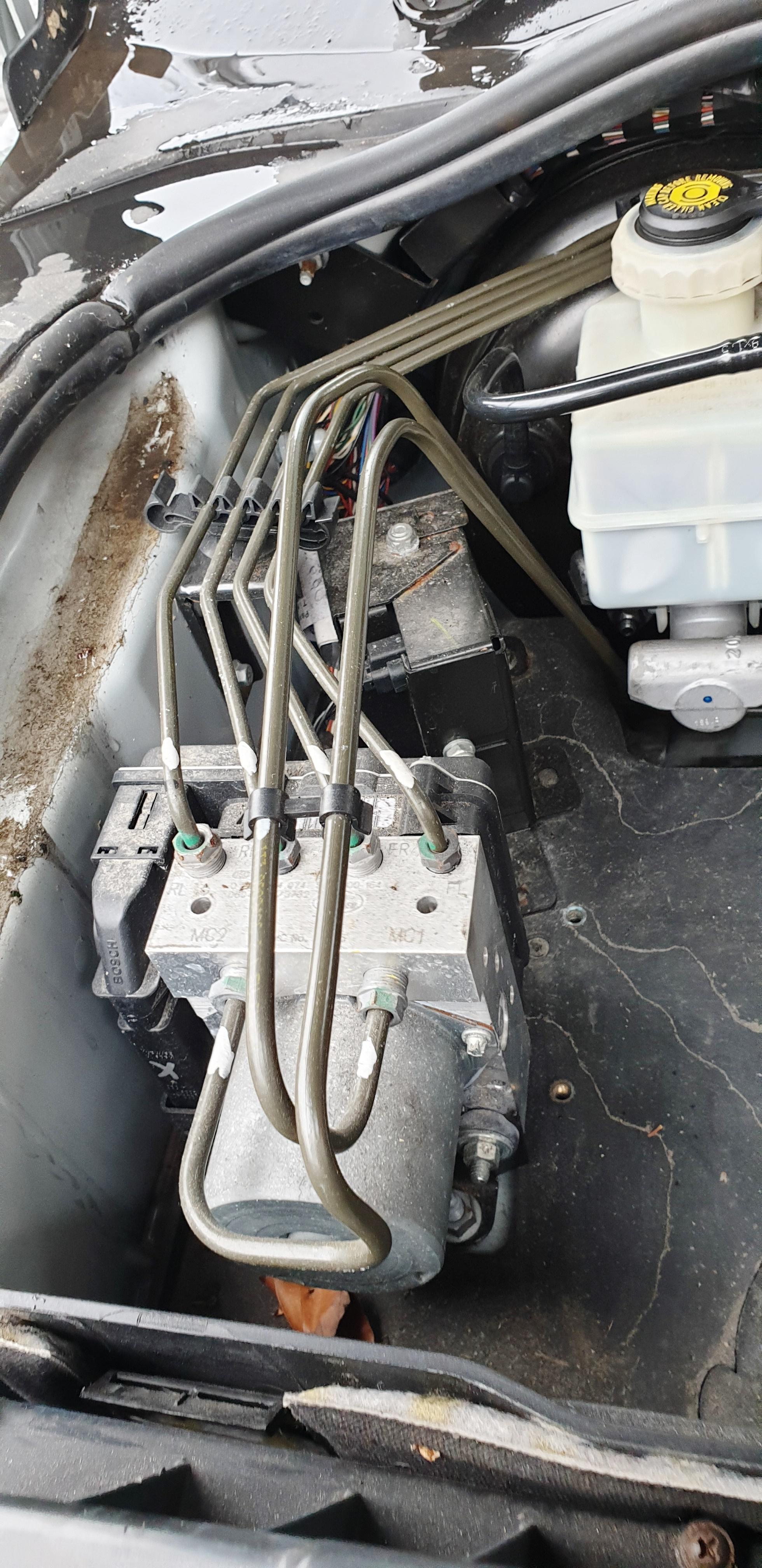 Safety Recall P017 Brake Vacuum-pipes2.jpg