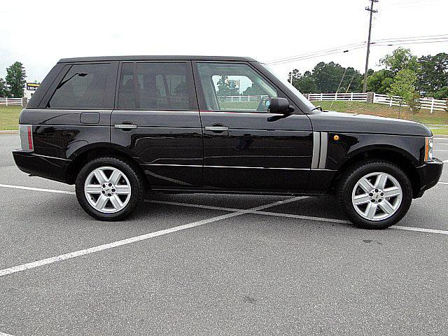 ok lets see some pics of these full size rovers-range-rover.jpg
