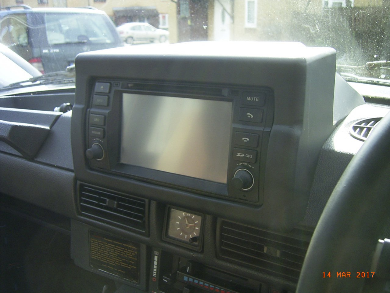 Radio Sat Nav upgrade, where to site it?-rimg0003.jpg