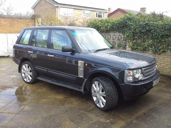 Showcase cover image for jetset's 2002 Range Rover L322 Vogue