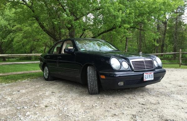Showcase cover image for Kschafer09's 1999 Mercedes E320